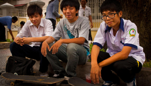 vietnam-students