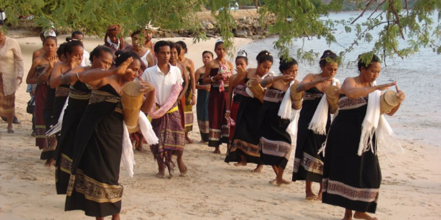 Timor leste people crop
