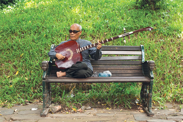 Master chapei player Kong Nay is a Cambodian living legend and his music continues to inspire young and old.