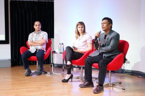 Dr. Zainal Abidin Bagir, Dr. Kelli Swazey, Nirwan Arsuka founder Pustaka Bergerak