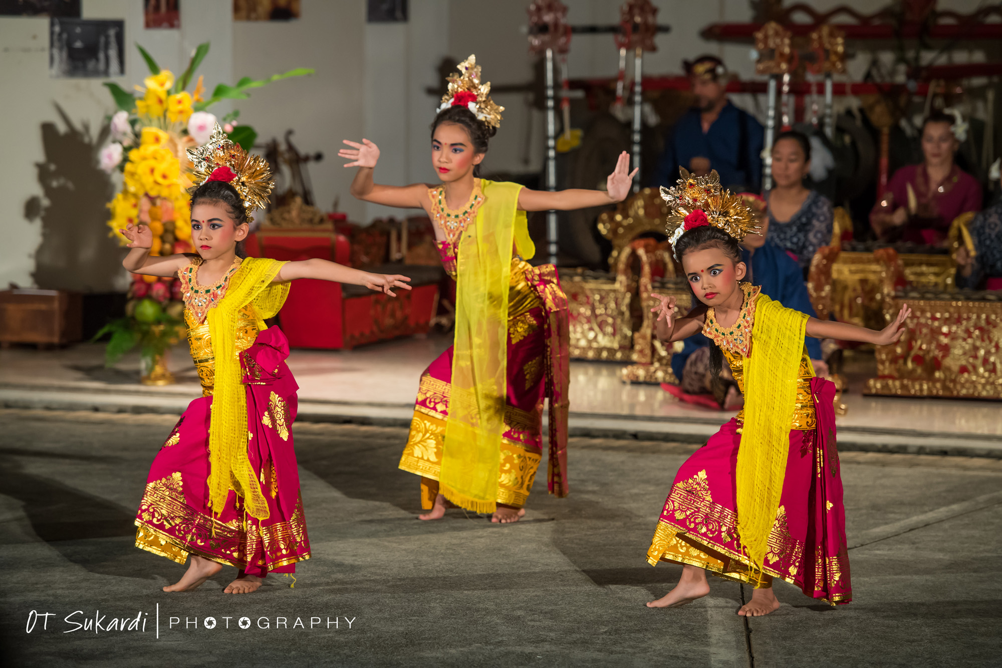 girl dance in pink and yellow costume