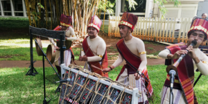 Toba Batak musicians playing outside the East-West Center